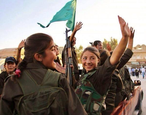 Syria-YPJ-Fighters-in-Kobane